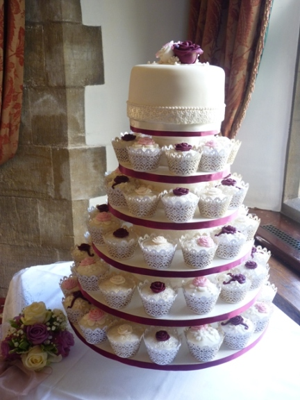 Amberley Wedding Cakes